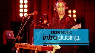 Baixar Sink Ya Teeth - Substitutes (BBC Music Introducing session)