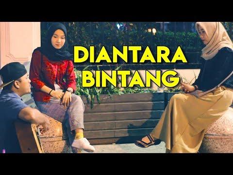 Bikin Baper Wanita Cantik Nyanyiin Lagu Romantis Diantara Beribu Bintang - Hello Band