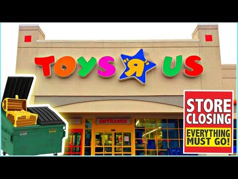 Toys R Us Dumpster Diving 2018! 5 DIFFERENT Toys R Us Stores! Night 228