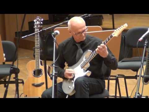 1. Regionalny Przegląd Muzykujących Seniorów Instrumentalistów Koszalin 5.12.2016.- gra Jan Nowicki