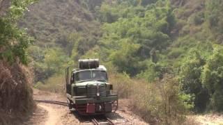 Hino Railtruck of Namtu Mine railway Myanmar (Mar.2013) 2 ミャンマー ナムツ鉱山鉄道の日野製鉄道トラック(2013年3月)2