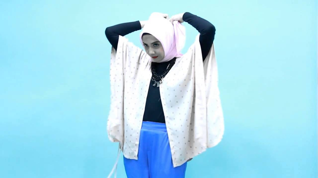 Tutorial Hijab Zaskia Sungkar Feminim Vintage Style YouTube