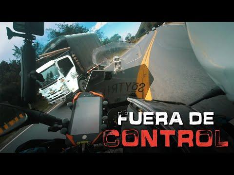 PELIGROS DE LA CARRETERA - Viajar en moto por Colombia || Episodio 93 - Vuelta al Mundo en Moto
