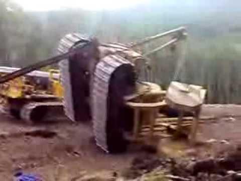 Caterpillar Pipelayer crash Dozer accident Excavator Bagger Unfall Pelle Koparka Excavadora Tractor