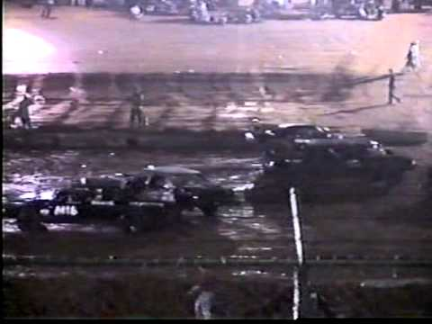 2004 Clinton County KY Speedway highlight.