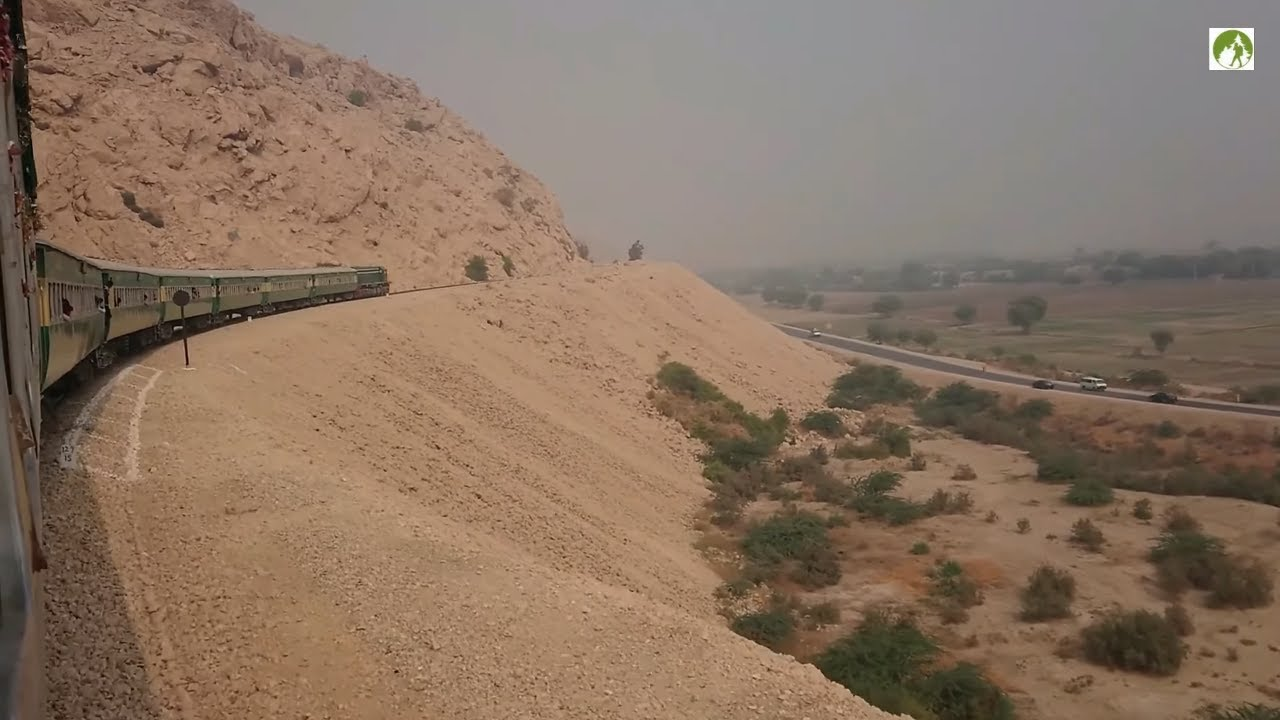 Railway Journy Diesel Locomotive Struggling Laki Hill Sehwan Pakistan Travel
