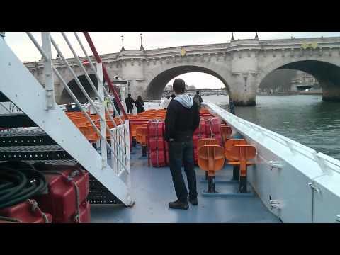 Ukemi on the river Seine