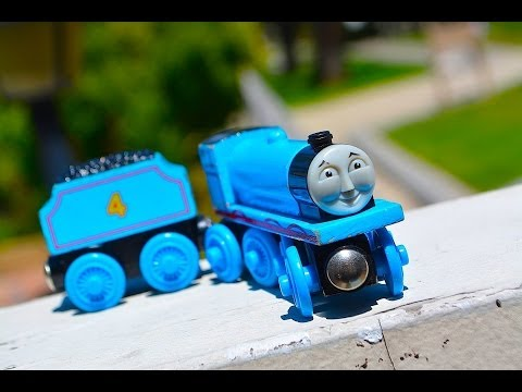 Thomas & Friends SODOR RAILWAY REPAIR Wooden Railway Toy Train Tank Engine Review from YouTube · Duration:  3 minutes 34 seconds
