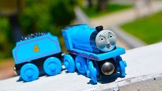Thomas & Friends Gordon Wooden Railway Toy Train Tank Engine Review By Mattel Fisher Price