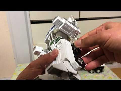 Transformers Masterpiece MP-711 Convoy (7-Eleven Ver.)Unboxing