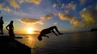 The Sweet Life: Hawaii Cliff Diving