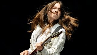 Video HAIM - Don't Save Me at Glastonbury 2014 download MP3, 3GP, MP4, WEBM, AVI, FLV Januari 2018