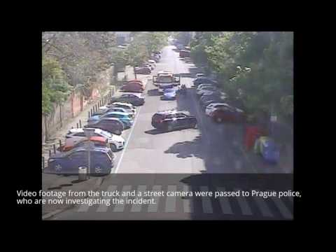 Prague Porsche Driver Overtakes a Firetruck, then Forces it to STOP ON A DIME!