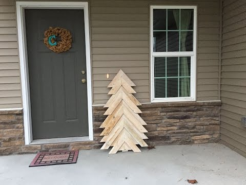 Pallet Christmas Tree Build