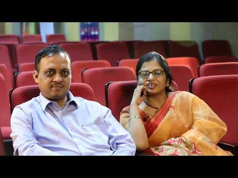 Parents of Ayush Garg - AIR 12 JEE Main 2018 (Haryana 2nd State Topper & City Topper)