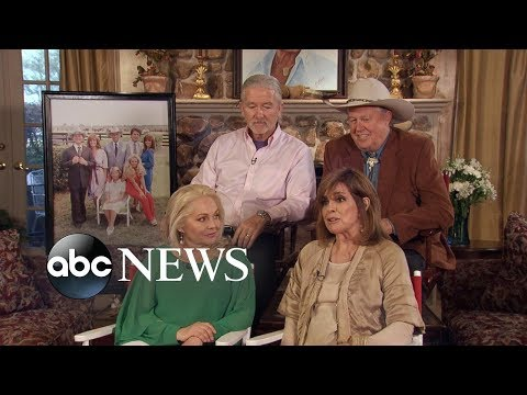Original cast members of beloved 'Dallas' TV  reunite