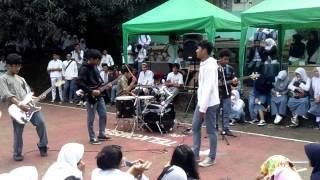 Perfom band CixRock (SMA N 109 Jakarta)
