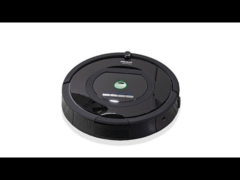 iRobot Roomba 770 Vacuum with Replenishment Accessory Kit