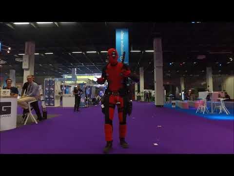 Deadpool dances to 'Dej Loaf - No Fear' @Gamescom'17