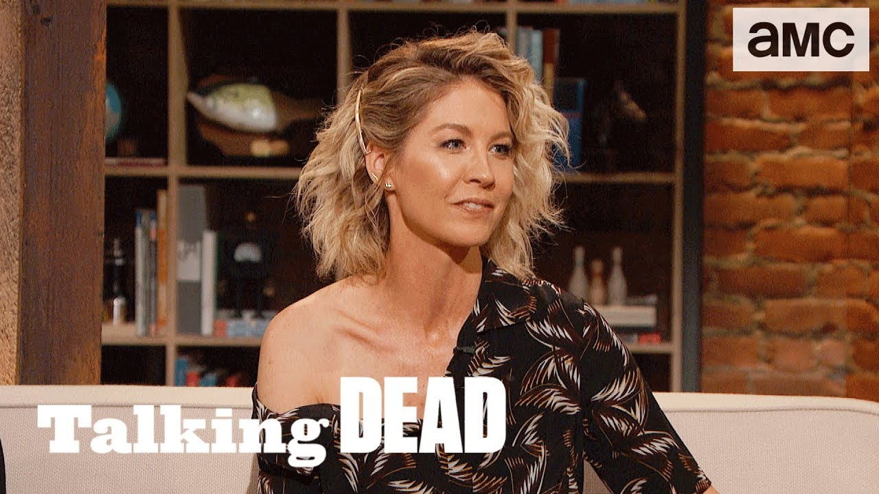 Jenna Elfman On Naomi Films To Watch During The Apocalypse Highlights Ep 820 Talking Dead