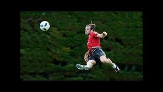 Futbol Yıldızlarının Antrenmanda Attığı En Muhteşem Goller, Hareketler (Neymar, Ronaldo, Messi, ..,)