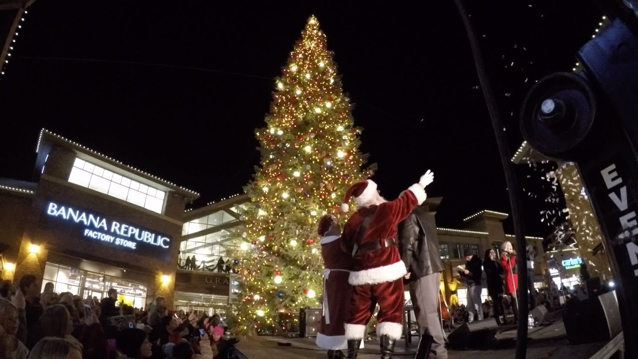 outlets at traverse mountain christmas tree lighting - Christmas Decorations Factory Outlet