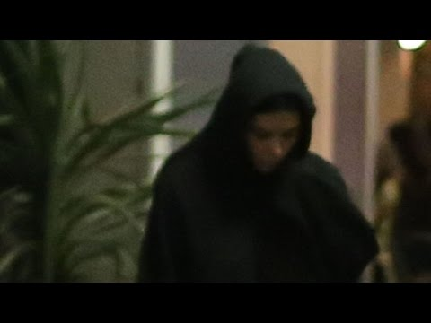 Kim Kardashian Makes First Public Appearance Since Scary Paris Robbery Looking 'Somber'