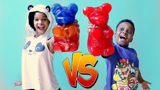 GIANT GUMMY BEARS vs Shiloh and Shasha - Gummy Food vs Real Food - Onyx Kids