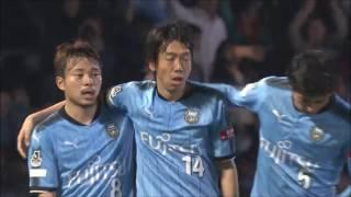 中村 憲剛(川崎F)がコースを狙いすました右足シュートで逆転ゴールを...
