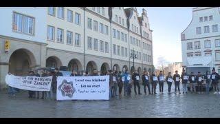 """Afghanistan- nicht sicher"" - Mahnwache gegen Abschiebung"