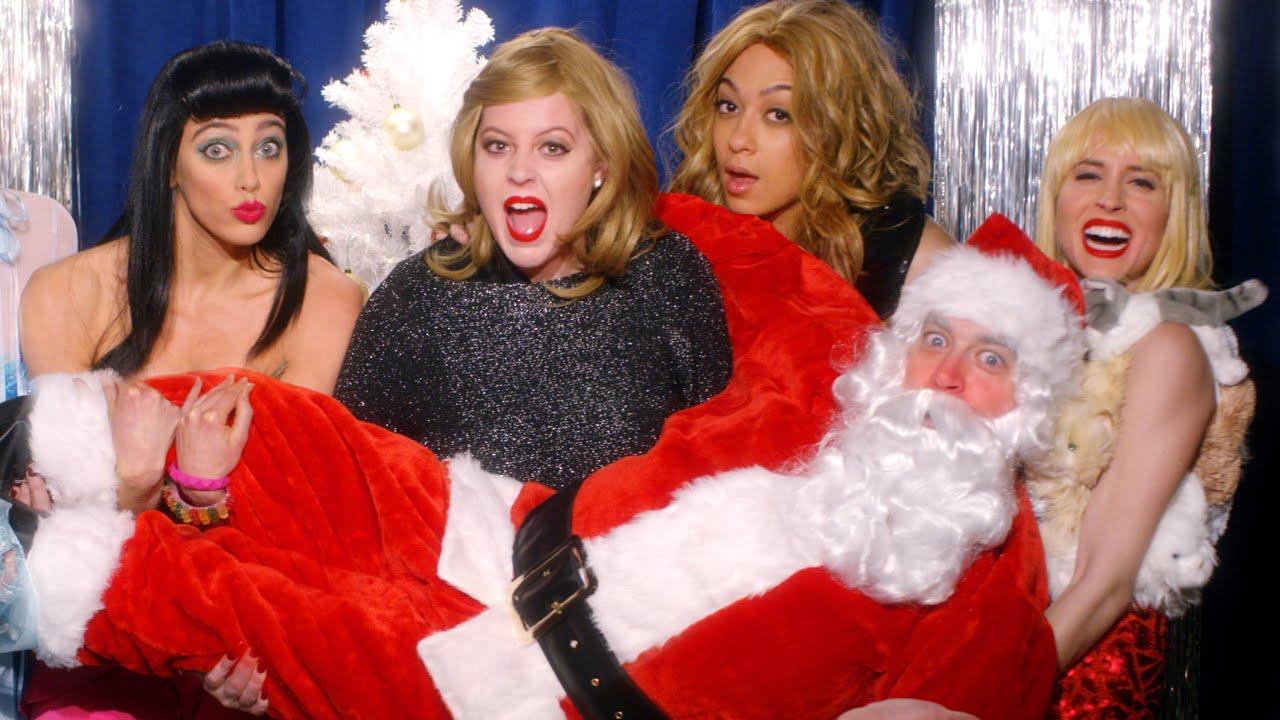 Key of Awesome Christmas Parody Spectacular - Key of Awesome #105 ...