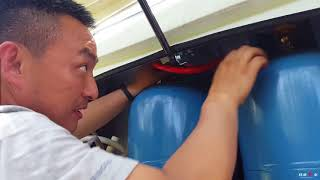 [Bacon's Journey] A family from Beijing share their 3-months traveling life with van