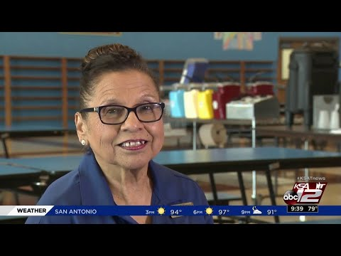 Woman has been serving meals at Bandera Middle School for half a century