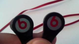 FAKE Beats by Dre. tour Unboxing (HD!!)(I've had these since august and i use them almost everyday. I did not like the regular ear buds so i bought foam ear tips which make them headphones sound a ..., 2010-11-03T22:34:15.000Z)