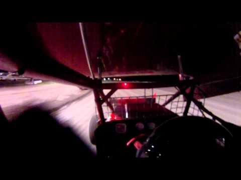 9/7/13 Devils Bowl Heat Race 3 onboard #9 Rick Summers