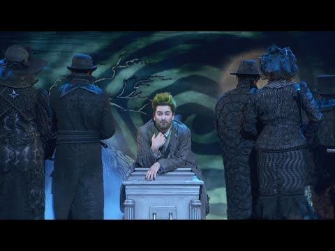 VIDEO: The Cast of BEETLEJUICE Performs Medley of 'Day-o' and ...