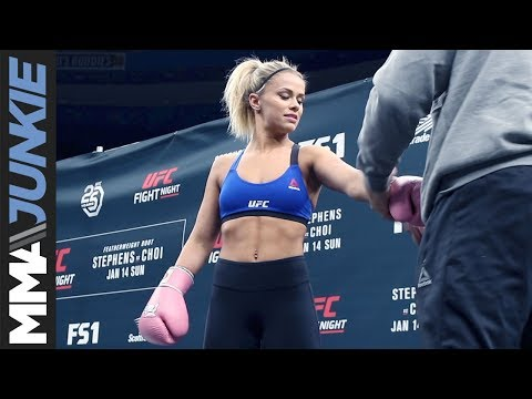 UFC Fight Night 124: Paige VanZant open workout highlight (including dance competition)