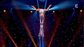 Duo Air Oksana and Olga Aerial contortion in silk