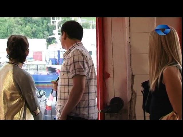 Optimist belaontziak eraikitzeko tailerra Bermeoko kofradi zaharran