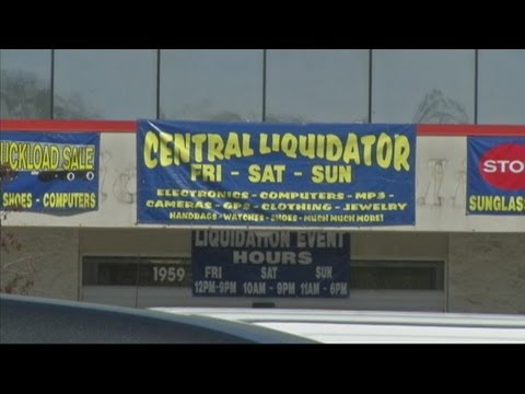Customers call liquidation sale a scam
