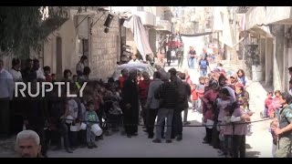 Syria  Russian military provide Aleppo residents with hot meals