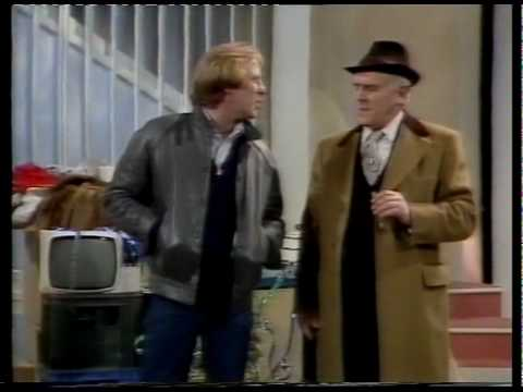 George Cole & Dennis Waterman - What Are We Gonna Get 'Er Indoors Live on The Russell Harty Show