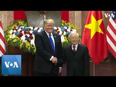 Trump Meets Vietnamese President