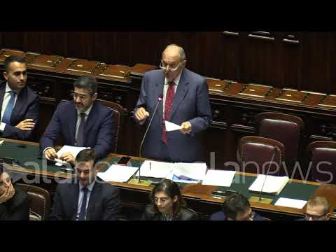 """Def, Savona """"Un new deal poderoso sforzo di Italia unitaria"""""""