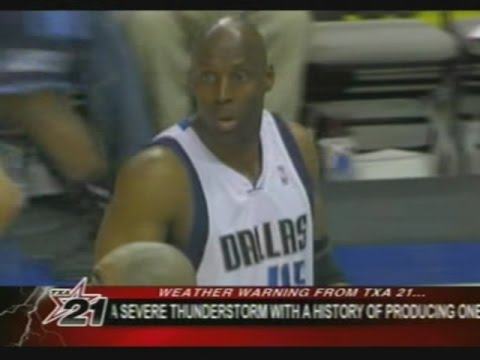 44-Year-Old Kevin Willis (6pts) vs. Jazz (2007)