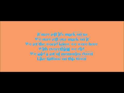 Tattoos On This Town - Jason Aldean (Lyrics On Screen)