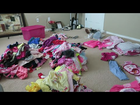 Vlog: *August 23, 2016* ~Organizing Baby Girl Clothes (Just in Case)!~