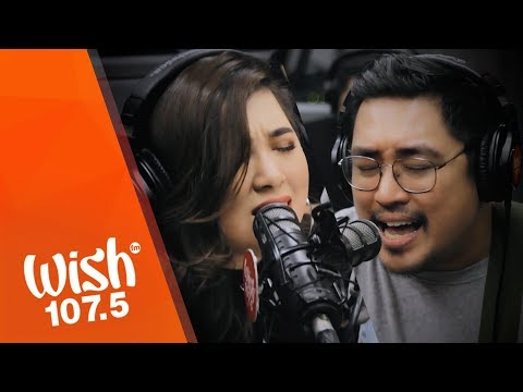 "December Avenue, Moira Dela Torre perform ""Kung 'Di Rin Lang Ikaw"" LIVE on Wish 107.5 Bus"