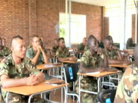MP's Train Suriname Soldiers Security Tactics
