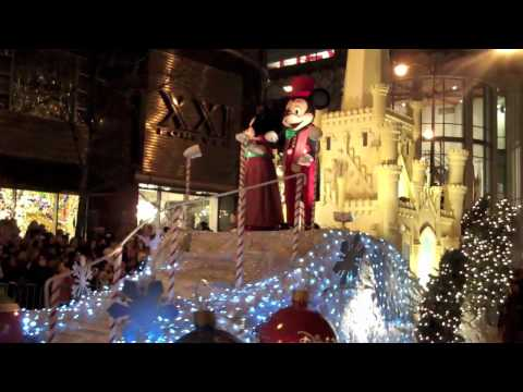 Mickey Mouse at The Magnificent Mile Lights Festival, CHICAGO